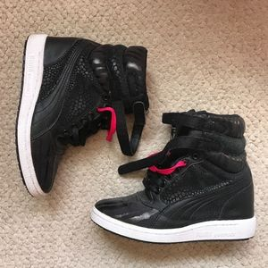 PUMA High Top Sneakers, Size 6